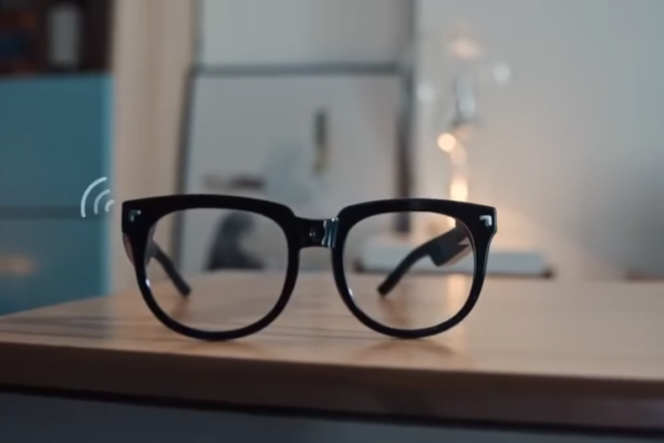 The TCL Thunderbird Smart Glasses Pioneer Version
