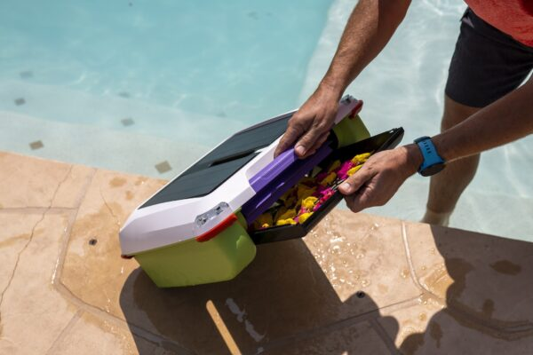 Keep clean your pool after pool party with the Solar-Breeze Ariel solar pool cleaner